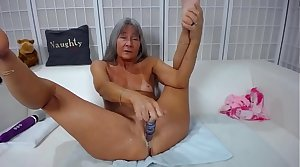 Adept sassy mature Leilani dirty talking and gets hand-picked