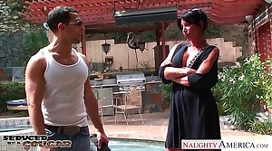 Busty cougar Lezley Zen gets fucked and facialized