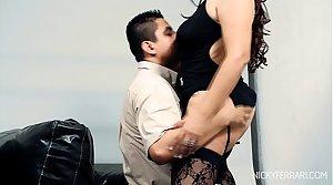 Busty Sexy Latin Cougar Fucks a taxi-cub driver