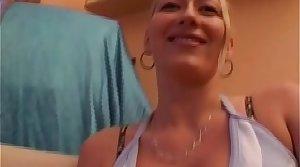 Blonde Mommy Chief Unskilful Porn Glaze - full movie
