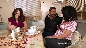 Mother finally meets her step daughters boyfriend properly in a sexy troika