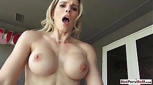 Fucking my busty light-complexioned MILF stepmother in the backyard