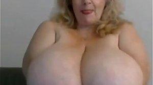 Granny bbw anent huge boobs from EpikGranny.com