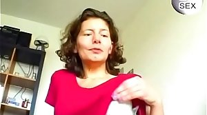 German Mature Plays Anent Her Pussy