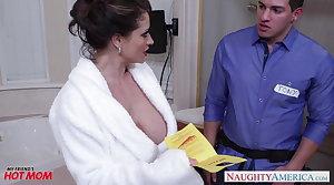 Lickerish mom Eva Notty gives titjob
