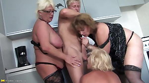 Youngsters fucks 3 sexy MOM mom and MOM